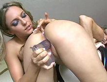 Kylee King and Lexi Love go to town eating pussy from Four Finger Club