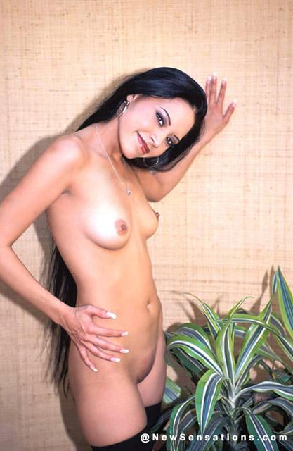 Hot curvy women nude