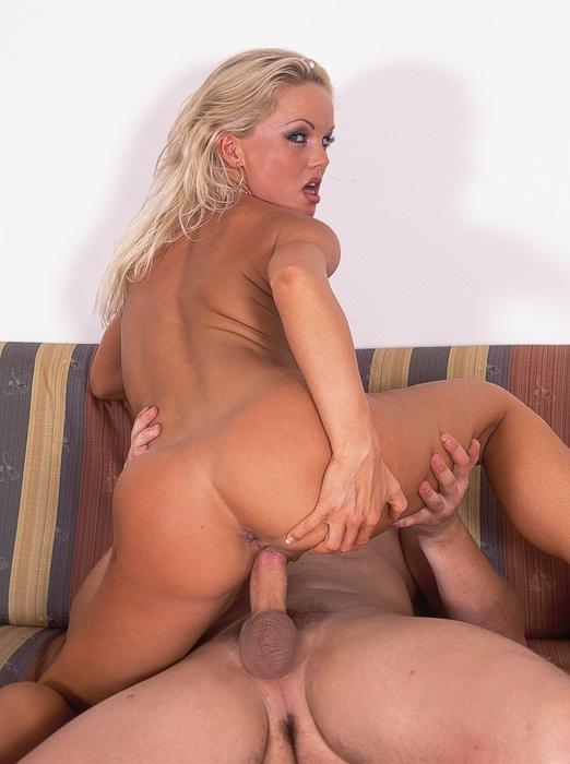 Sylvia saint anal
