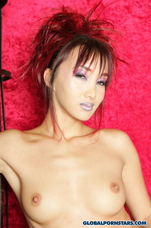 Азиатская порнозвезда Эротика и порно фото, порнуха,секс фотки - на тут-фот