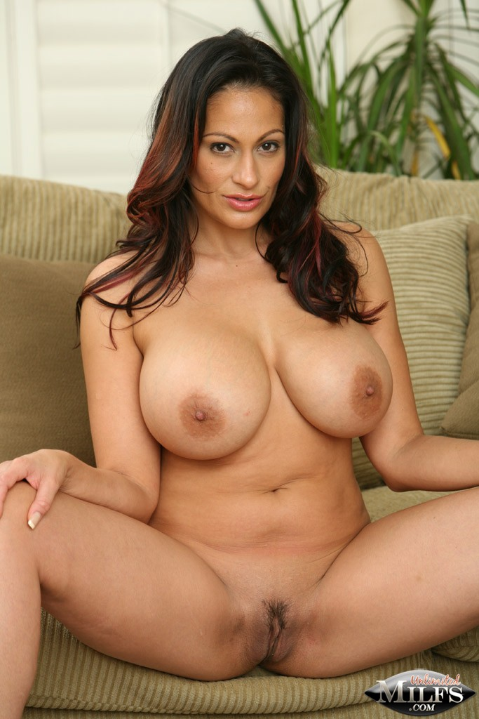 Ava Lauren At Unlimitedmilfs Com